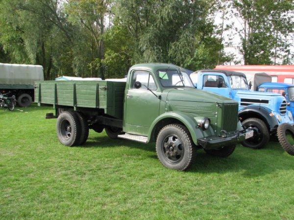 «Сельская версия «Смарта»: Необычный ГАЗ-51 «для хоббитов» рассмешил сеть
