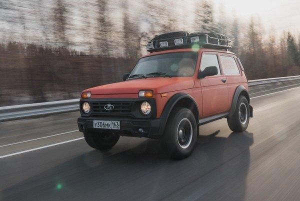«Нива удивила и заставила задуматься»: Впечатлениями от LADA 4x4 после Renault Duster поделился водитель