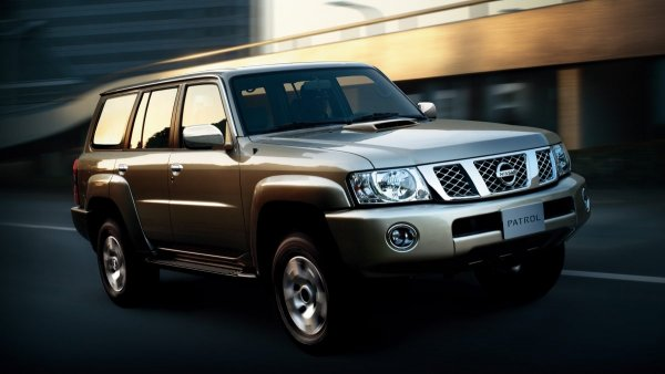 «Прослужит долго»:  Состояние подержанного Nissan Patrol 2014 года похвалил блогер