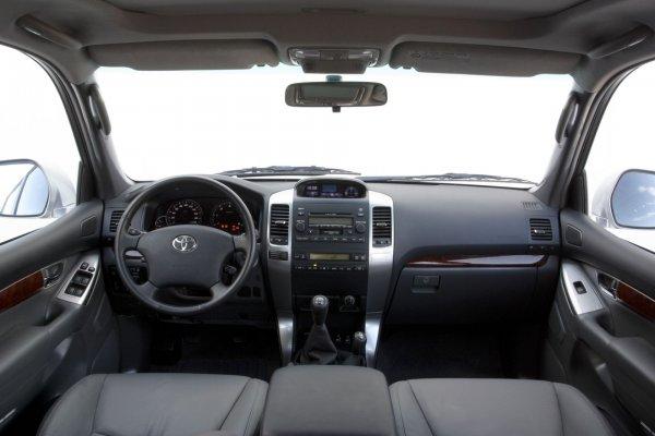 «Надо было вовремя менять масло»: Досадную проблему Toyota Land Cruiser Prado обсудили в сети