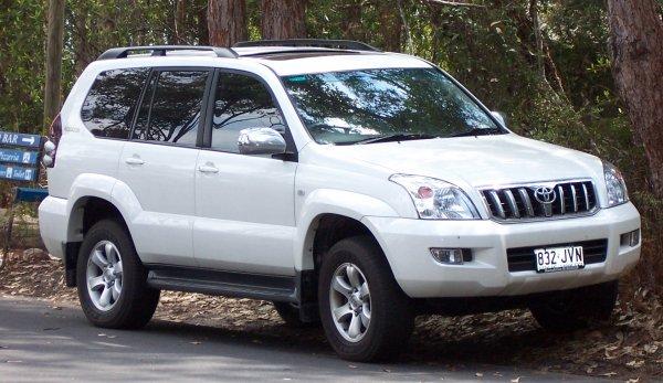 Раме хана: Почему не стоит покупать Toyota Land Cruiser Prado у автоледи – рассказали в сети