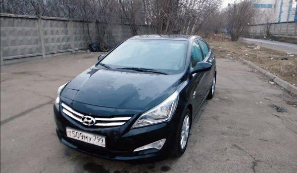 «Хороший, но не купил бы»: Работавший в такси Hyundai Solaris оценил блогер