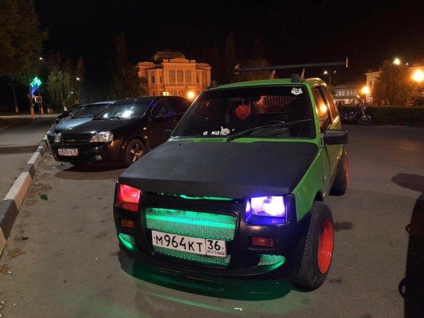 «2 литра, 2 цилиндра, 1 ночной кошмар»: Тюнингованный ВАЗ-1111 «из Need For Speed» удивил сеть