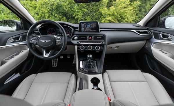 «Это фиаско»: Обзорщика поверг в шок «комфорт» Genesis G70