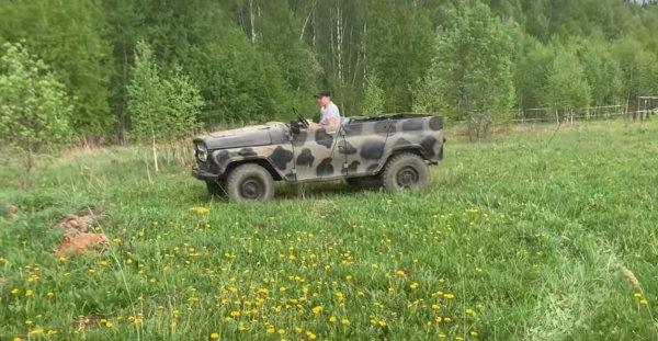 «Сделает» Land Cruiser: В сети показали необычный кабриолет УАЗ за 20 000 рублей