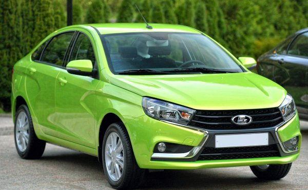 «Холодное» отношение «АвтоВАЗ»: Несостоявшаяся покупка LADA Vesta возмутила клиентов