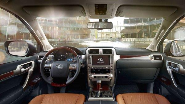 «Зачем Лексус, если есть Прадик?»: Разгромным обзором на Lexus GX поделился блогер