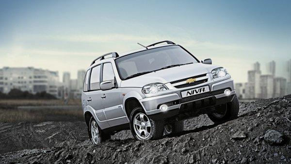 «Глобальная проблема «АвтоВАЗ»: На трансмиссионные стуки 2-летней Chevrolet Niva пожаловался владелец