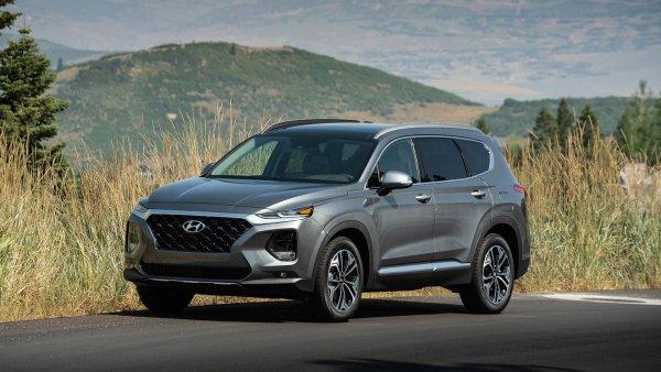 «Бодро набирает скорость»: Отзывом о подержанном Hyundai Santa Fe поделился владелец