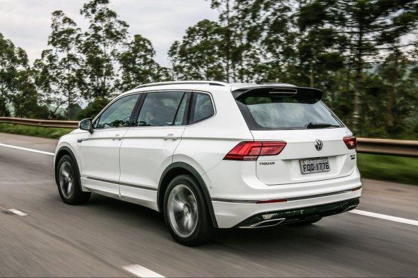 «Невероятно расслабляет»: Восторгами от работы круиз-контроля Volkswagen Tiguan поделился эксперт