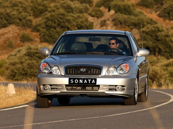 Какую Hyundai Sonata можно купить за 300 тысяч? Обзором на «корейскую Волгу» поделился блогер