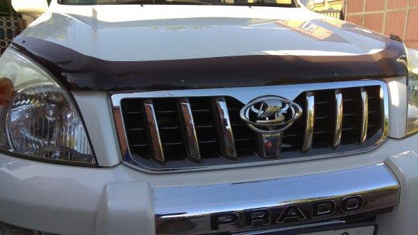 «Наши наконец-то научились делать машины!»: Внедорожник LADA Prado высмеяли в сети