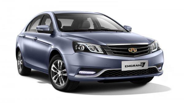 «АвтоВАЗ» против китайцев: LADA Vesta и Geely Emgrand EC7 сравнил эксперт