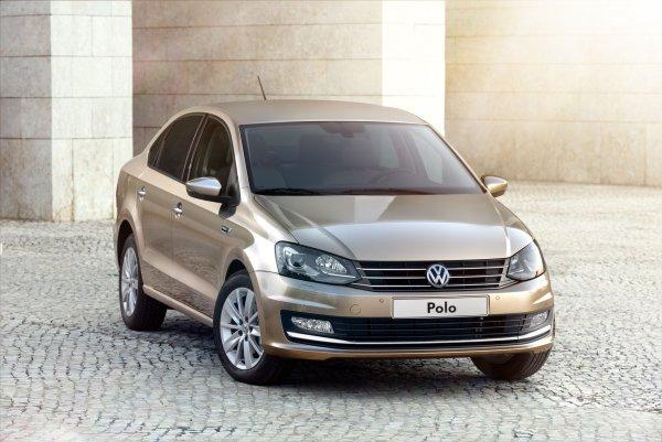 «Турбонемец» для активной езды: Кому нужен Volkswagen Polo, рассказал блогер