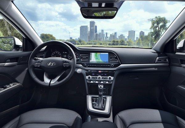 «Нокаутирует Короллу в России»: О моторе новой Hyundai Elantra высказался блогер