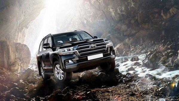 «Король Крузаков»: Как «превратить» 10-летний Toyota Land Cruiser 200 в новый – эксперт