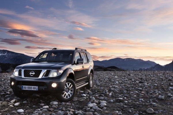 «Сусанин» со «вторички»: Автомобилист рассказал, стоит ли Nissan Pathfinder своих денег