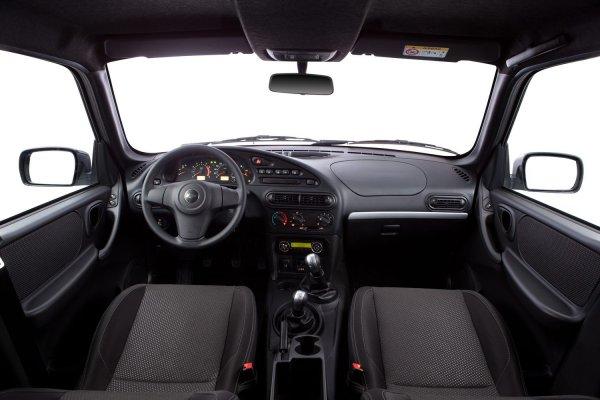 «Снаружи все ходуном ходит»: Владельца неприятно удивило качество сборки Chevrolet Niva после 2 лет эксплуатации