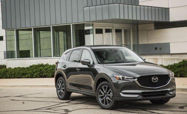 Будет «мстить»: Эксперты устроили гонку между Mazda CX-5 в новом и старом кузове