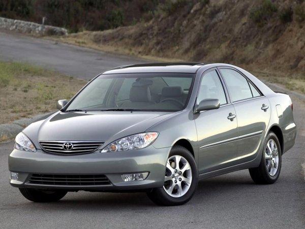 «Лучшая Камрюха за всю историю»: Эксперт положительно оценил Toyota Camry XV30 со «вторички»