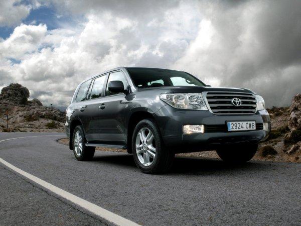 Защищает от воров? Эксперт развеял миф об эффективности бронепленки на Toyota Land Cruiser
