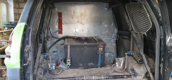 Стоитли так тратиться? «Бешеный» Toyota Land Cruiser ссамой дорогой подвеской вРоссии показали блогеры