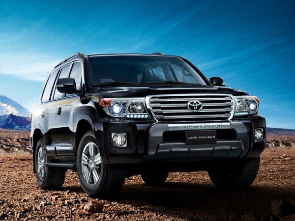 «Понторез» или «добрая работа»? В сети поделились обзором доработки Toyota Land Cruiser 200 для экспедиций и крутого бездорожья