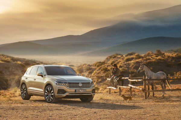 «С ним не хочется стоять на месте»: Впечатлениями от Volkswagen Touareg поделился владелец