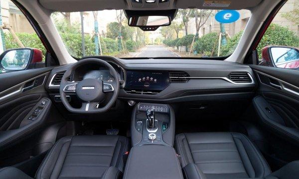 «После этой машины не могу сесть ни в Кодиак, никуда»: Блогер задумался над покупкой Haval F7