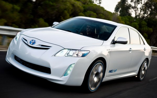 «Теоретические болячки»: Эксперт рассказал о слабых местах подержанной Toyota Camry