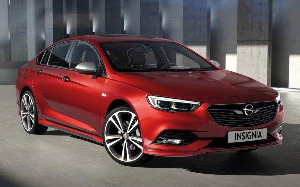 «Дарит эмоции за 600 тысяч»: Блогер провел тест-драйв Opel Insignia со «вторички»