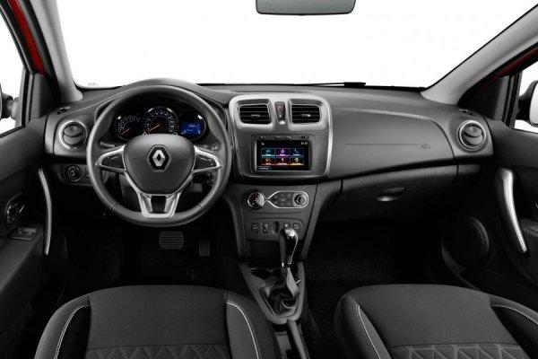 «Некрасивая до ужаса, зато руль от Лады Весты»: Блогер рассказал о минусах Renault Logan 2019