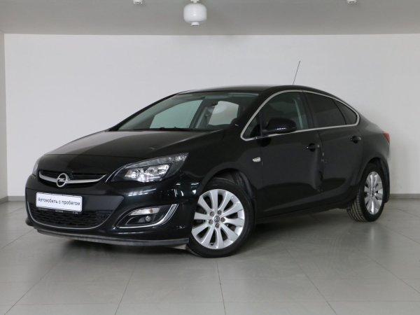 «Мошенники в законе»: В сети показали, как недобросовестный салон продавал несуществующий Opel Astra
