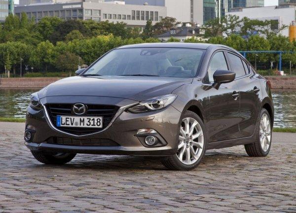 Лайфхаки по «матрешке»: Какие секреты Mazda 3 нужно знать ее владельцам