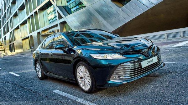 Из народной «брички» в «спорт»: Эксперт рассказал о Toyota Camry с тюнингом на 400 000