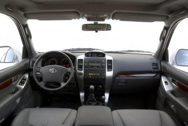 От чего может издаваться гул в области АКПП на Toyota Land Cruiser Prado 120