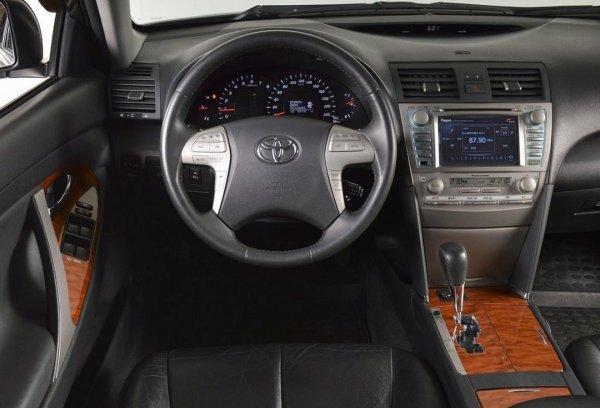 «Не такая уж и вечная»: Блогер озвучил слабые стороны и особенности эксплуатации Toyota Camry XV40