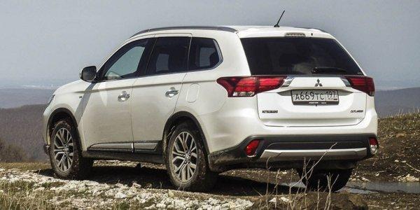 С «Лансера» на «Аутлендер»: Автовладелец поделился первыми впечатлениями о новом Mitsubishi Outlander