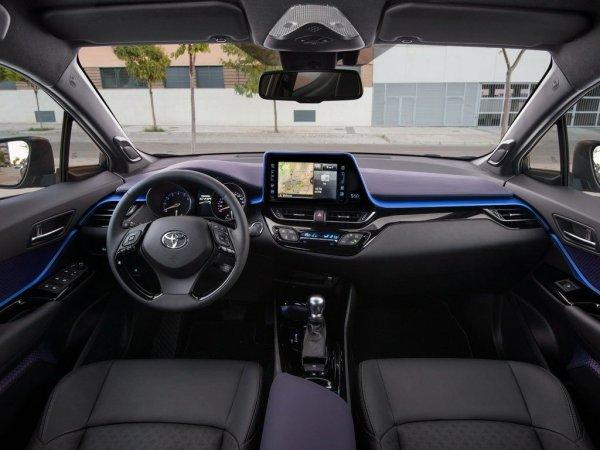 Блогер о новом Toyota RAV4: «Поломался после 3000 тыс. километров»
