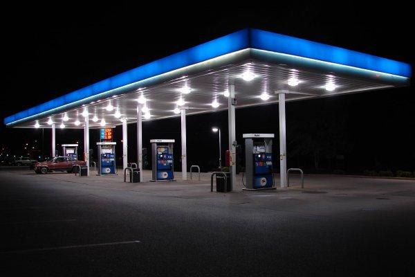 Водитель рассказал о качестве бензина на АЗС М4 «Дон»: Придется выбросить катализатор и свечи