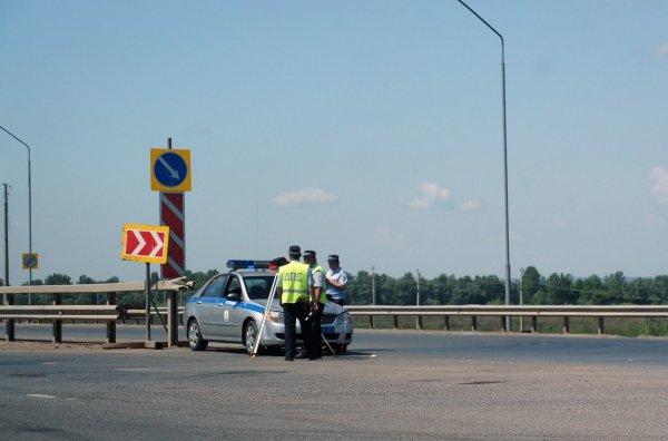 «Автомобилисты, осторожнее»: Еще один способ наживы «гаишников» на М4 «Дон» раскрыли в сети