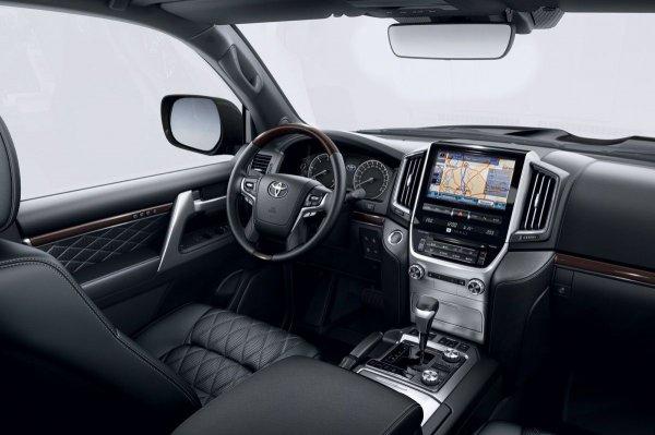 «Очень неприятно и очень-очень дорого»: Эксперт рассказал, как мошенники почти угнали Land Cruiser 200