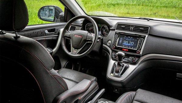 «Машина, за которой не страшно ничего»: Блогер остался доволен тестом Haval H6