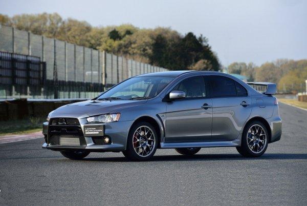 «Будет ездить и ездить без проблем»: Почему не стоит бояться Mitsubishi Lancer X со «вторички» – подборщик