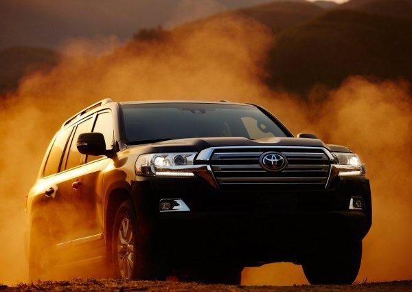 Ждать долго не придется: Как скоро окупится ГБО на Toyota Land Cruiser 200 2019 – блогер