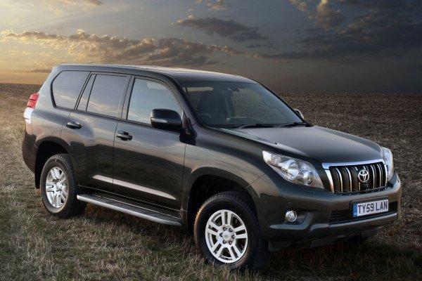 В сети обсудили, что брать после Toyota LC Prado: «Только вертолёт, остальное – компромисс!»
