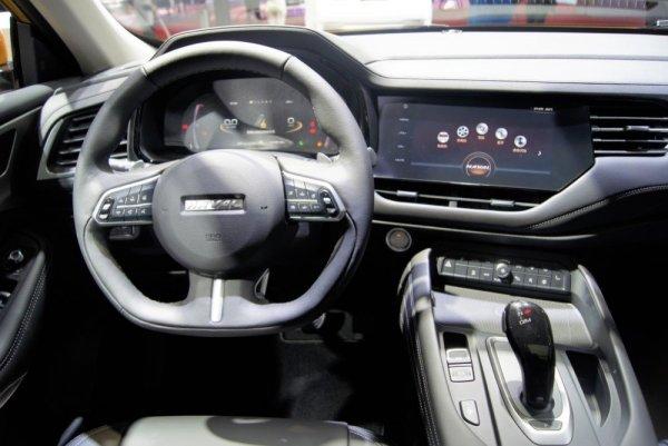 «Можете почувствовать себя как в Крете»: Автовладелец рассказал, чем ему нравится Haval F7