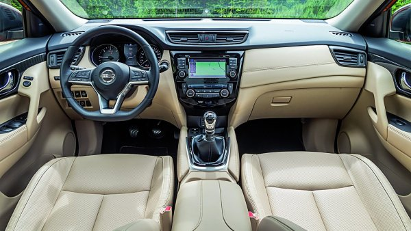«Купи и порадуй тещу!»: Обзорщик рассказал, для кого предназначен Nissan X-Trail