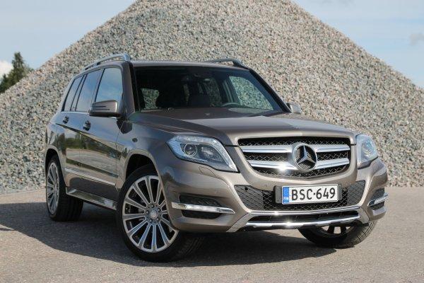 На ней тяжело ездить трезвым: Блогер устроил «разнос» для Mercedes GLK