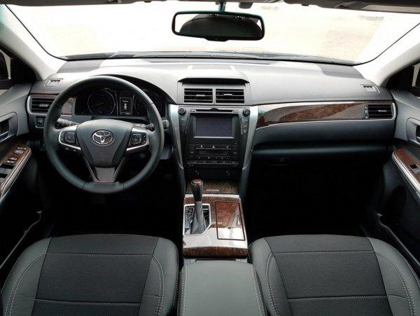 Важные мелочи и большие разочарования: Чего ждать от Toyota Camry XV55 – блогер